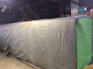 倉庫内に設置した育苗器